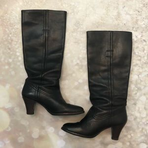 Frye Pull On Black Leather Heeled Boots 6.5